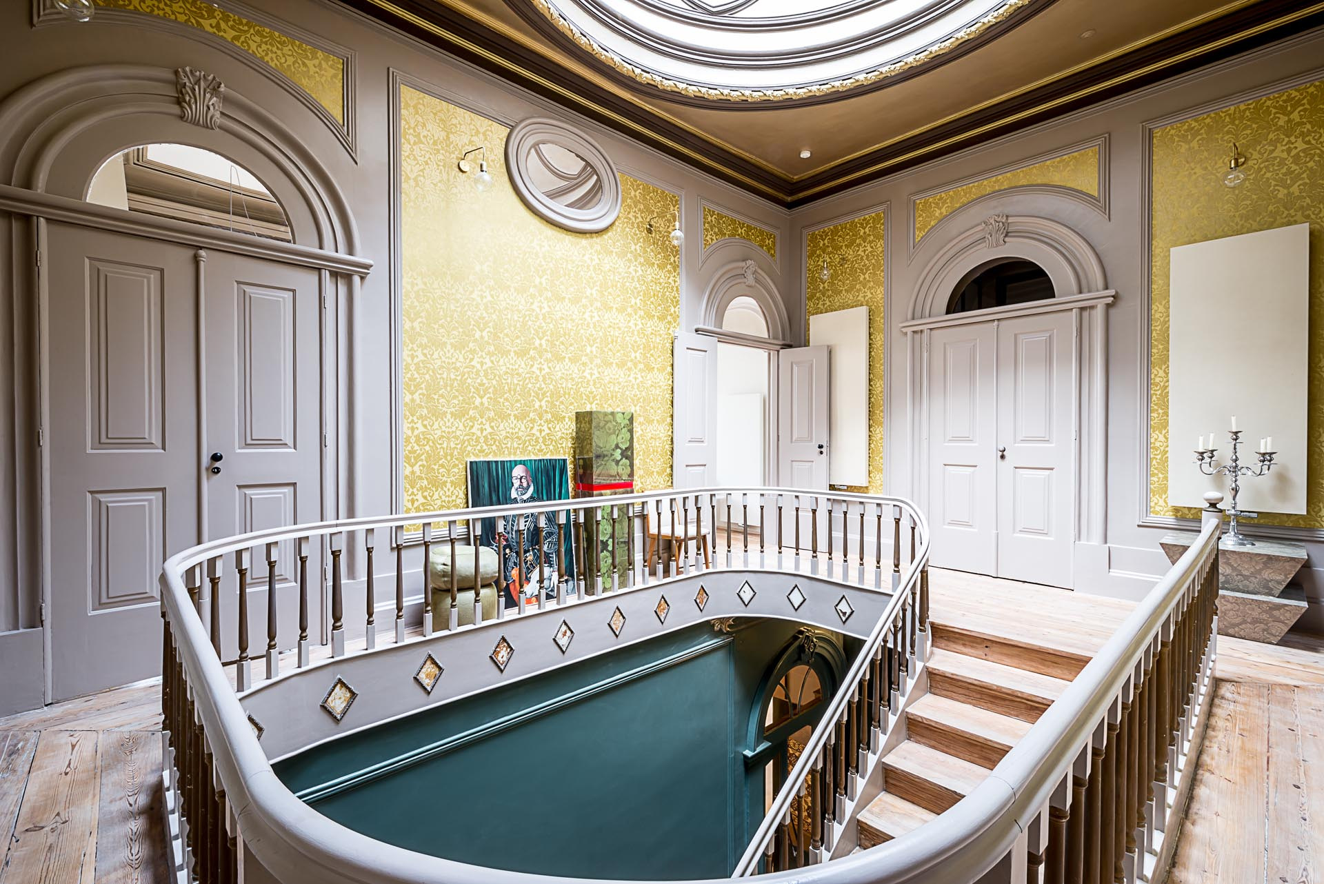 Charm Palace Porto escada claraboia | Stairs skylight